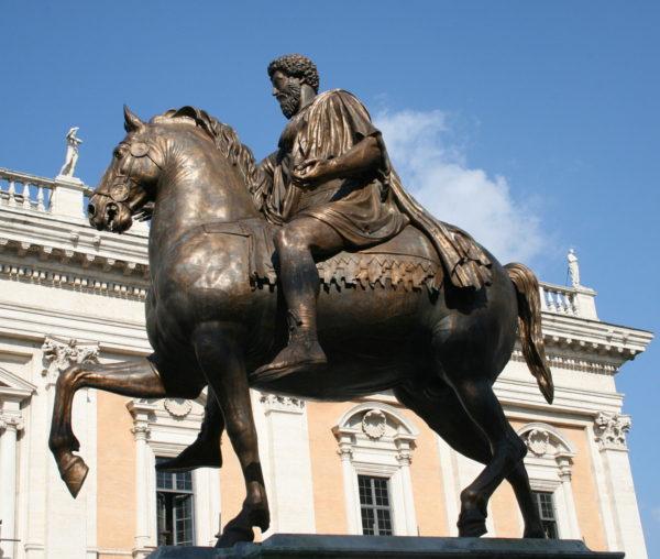 0_Marcus_Aurelius_-_Piazza_del_Campidoglio_(2)