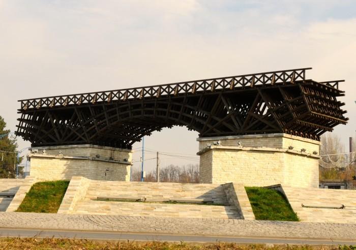 Reconstitution du pont de Trajan