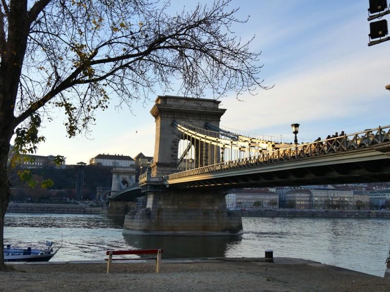 Le pont aux chaines