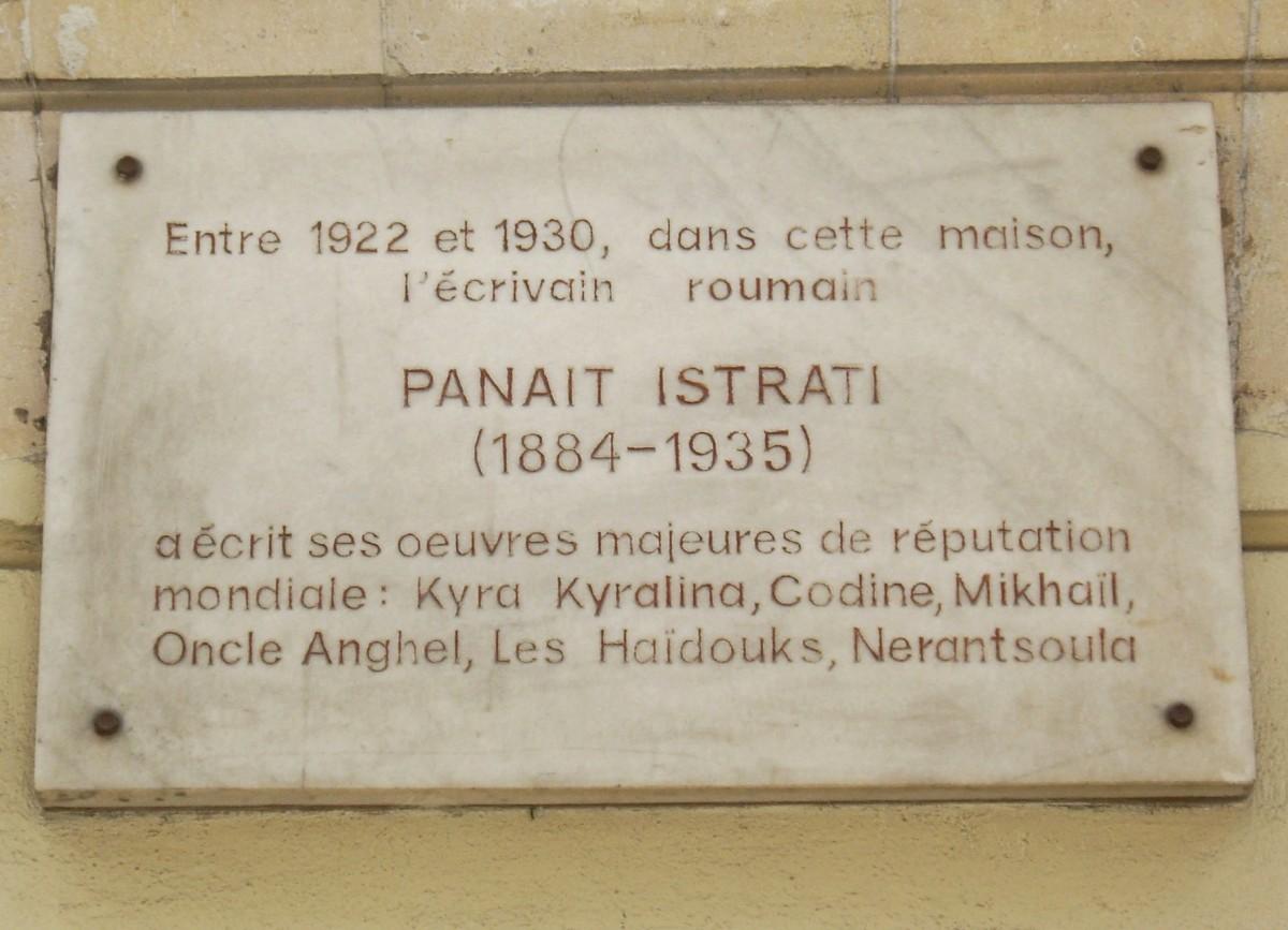 Plaque_Panait_Istrati,_24_rue_du_Colisée,_Paris_8