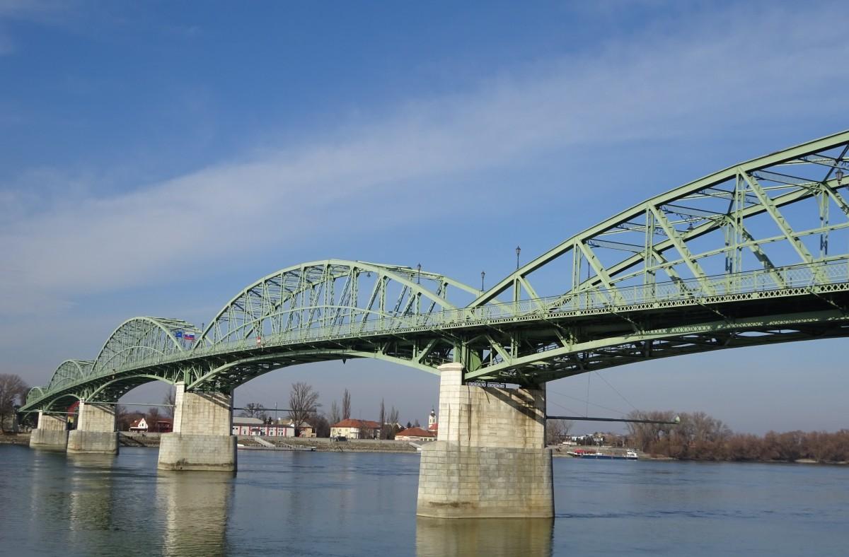 Pont Maria Valeria d'Esztergom