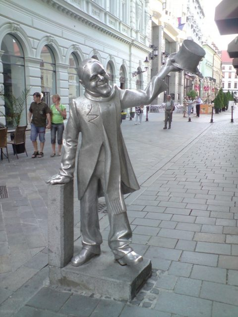 Schone_Náci_a_Sedlárska