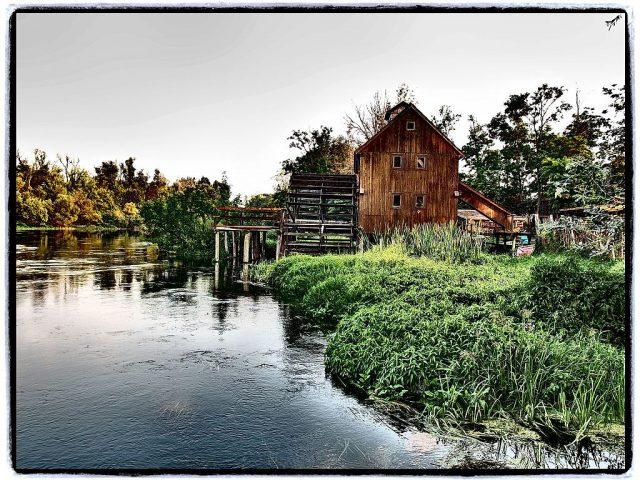 Moulin à eau près du village de Jelka, Slovaquie